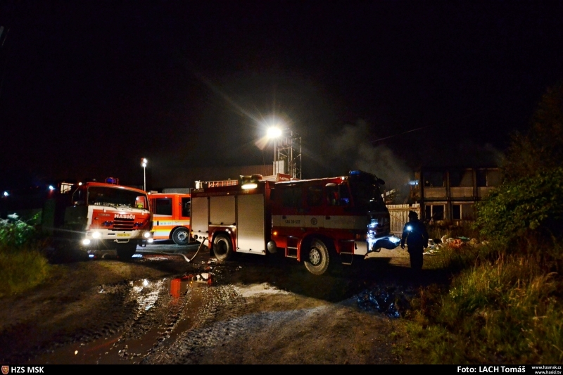 pozar-tesko-objektu-v-ostrave-likvidovalo-pet-jednotek-hasicu-28-2