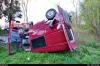 hasici-v-ostrave-vyprostovali-dodavku-ze-zahrady-rodinneho-domu-3-2