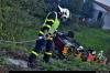 hasici-v-ostrave-vyprostovali-dodavku-ze-zahrady-rodinneho-domu-5-2