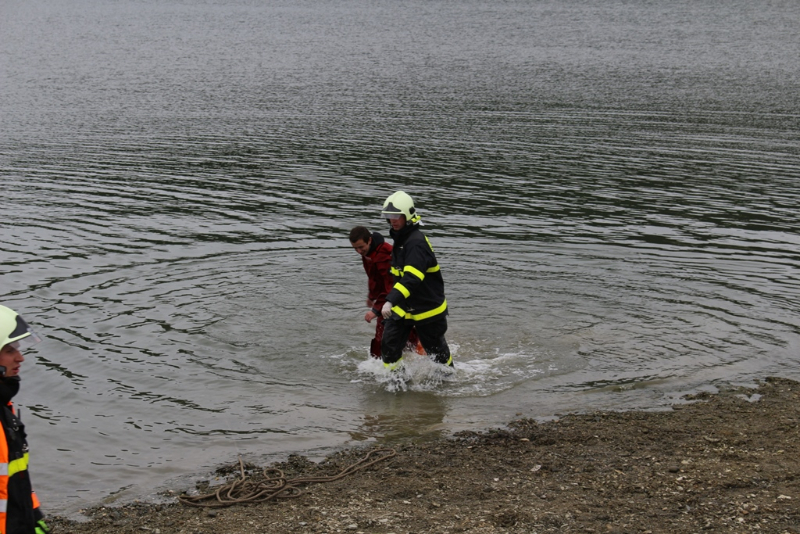 Záchrana osob z vodní hladiny